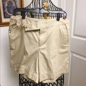 Lauren Ralph Lauren beige cotton shorts size 10
